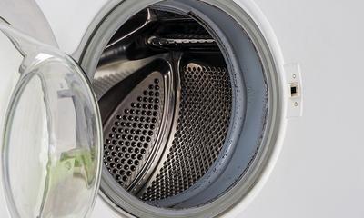 Wie man schimmel an der waschmaschine entfernt