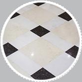 Pulire il pavimento in marmo